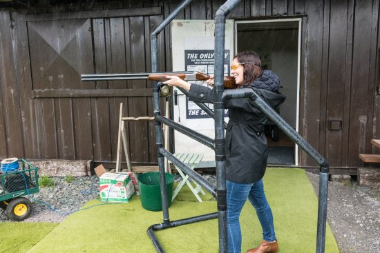 Cahersiveen, Ireland: Hotel offered this clay pigeon shooting activity to its guests
