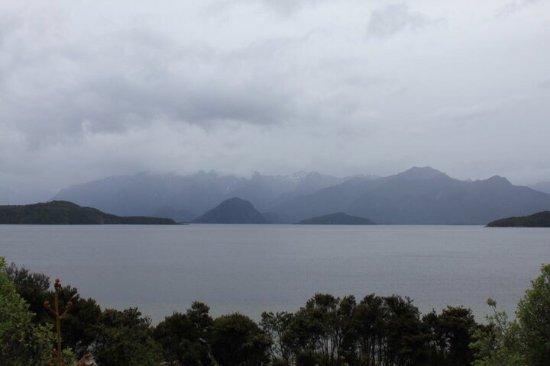 Lake Manapouri : photo0.jpg