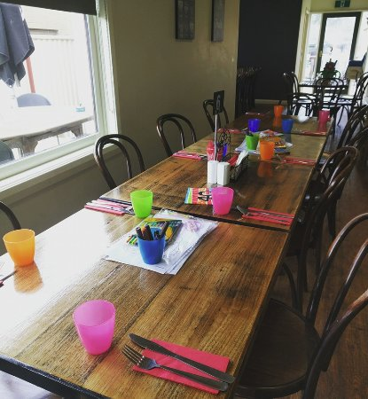 kids table all set up