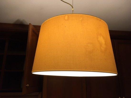 Pieve Emanuele, Italia: lampadario