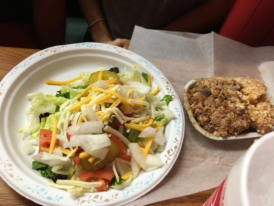 Lexington, NC: Salad with Chopped BBQ Tray