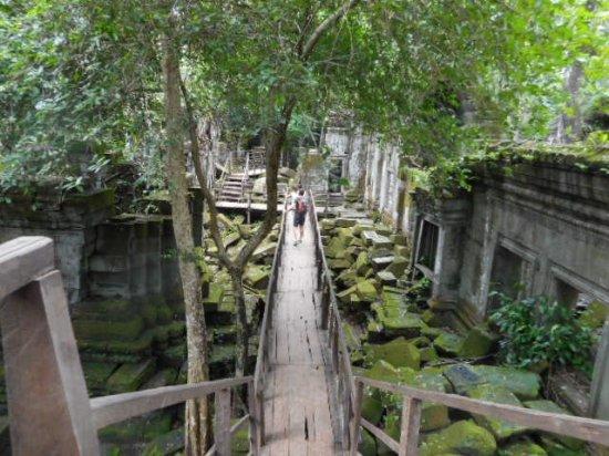 Siem Reap Province, Kamboja: ベンメリア
