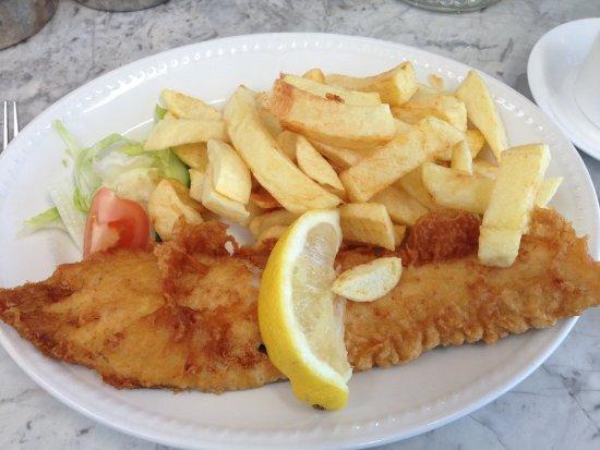 Saltburn-by-the-Sea, UK: medium haddock & chips