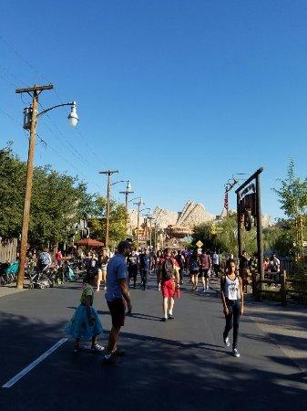 Park Disney California Adventure: 20160917_163233_large.jpg