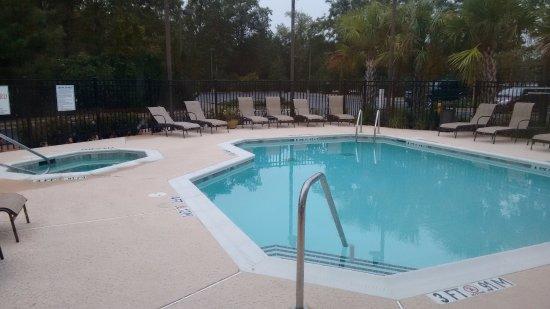 Leland, Carolina do Norte: Pool