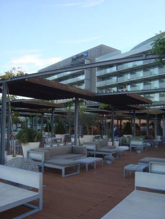 Radisson Blu Resort Split: Outdoor seating and hotel view