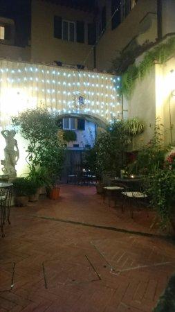 Hotel Rivoli: DSC_1428_large.jpg