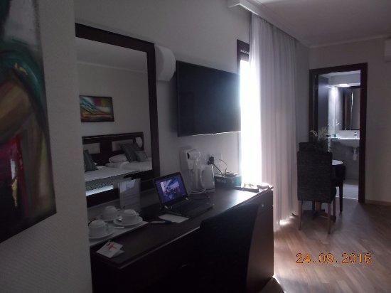 Livadhiotis City Hotel ภาพ