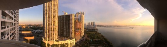Doubletree by Hilton Grand Hotel Biscayne Bay: photo0.jpg