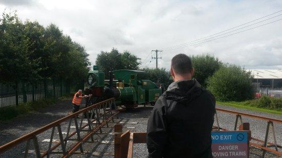 Listowel, Irlanda: The turntable and my son!