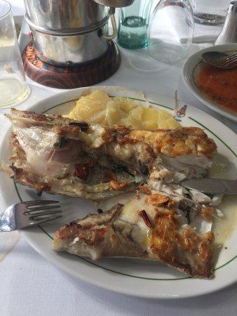 Galapagar, إسبانيا: Espectacular de cuchara y el pescado es para llorar de gusto