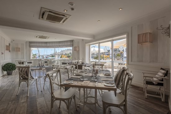 Ta' Xbiex, Malta: interior
