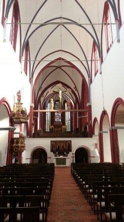 Brandenburg City, Tyskland: Cathedral interior looking toward high altar