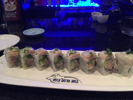 Allen, TX: Sushi at the bar