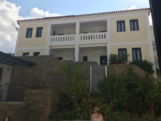 Batsi, Grecia: Some of the hotel rooms