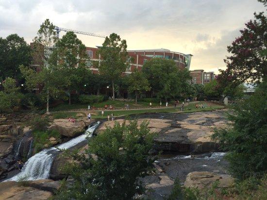 Hampton Inn & Suites Greenville - Downtown - Riverplace: photo3.jpg