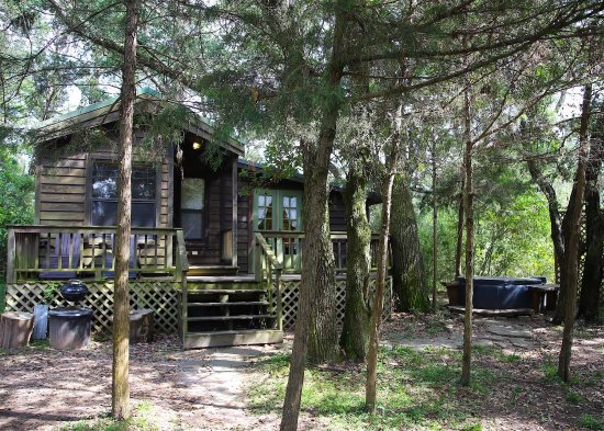 Cat Spring, TX: Our stay at The Enchanted Cabin and around The Ranch