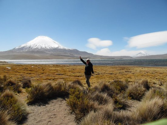 "Putre, Chile: ""Lago Chungará y volcán Parinacota"""