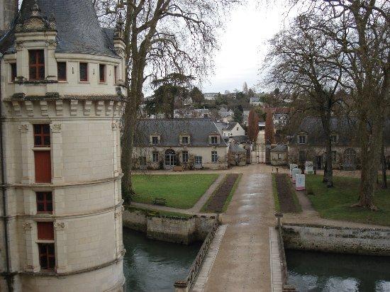 Azay-le-Rideau, Γαλλία: vue d'une fenêtre