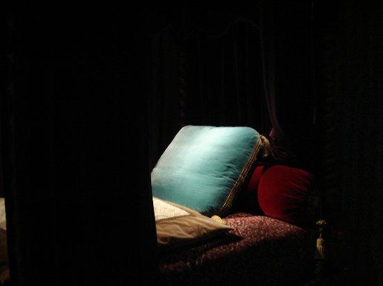 Azay-le-Rideau, Francia: dans une chambre du château