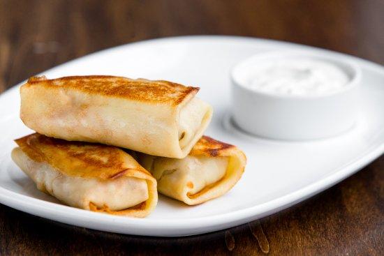 Newton, MA: Clatite cu gaina (Chicken and Mushroom Crepes)