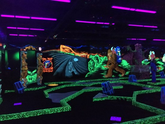 Centennial, CO: Glow in the dark mini golf!