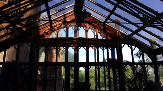 Mount Stuart: Impressive conservatory attached to a bedroom.