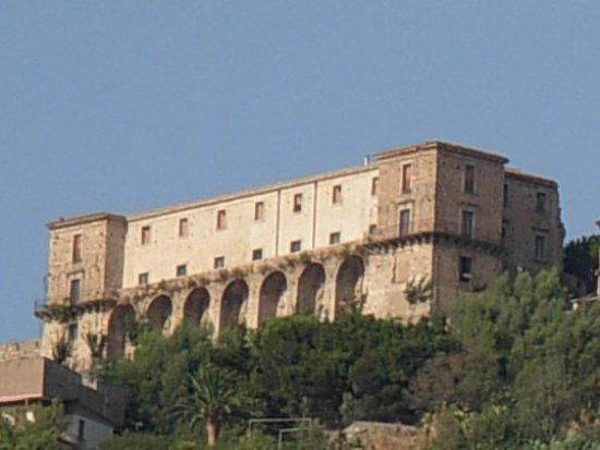 Castello dei Ruffo: Castello Ruffo, Nicotera (VV)