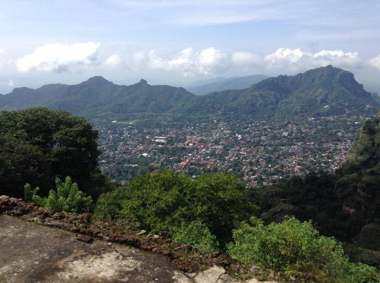 Spanish Cat Language School: Scenic View of Tepoztlan