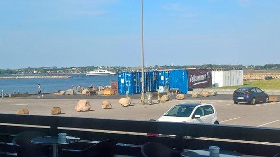 Holbaek, Дания: Færgen lander om et øjeblik