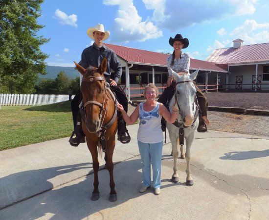 A Tennessee Dude & Guest Ranch Photo