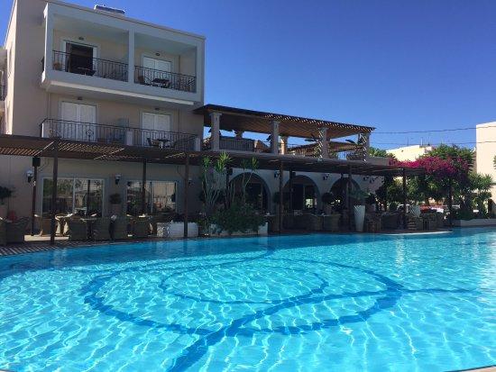 Peridis Family Resort: photo5.jpg