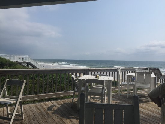 Lunch with a beach view!