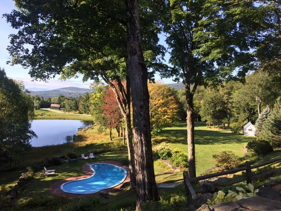 swimming pool and pond - Picture of Edson Hill, Stowe ...