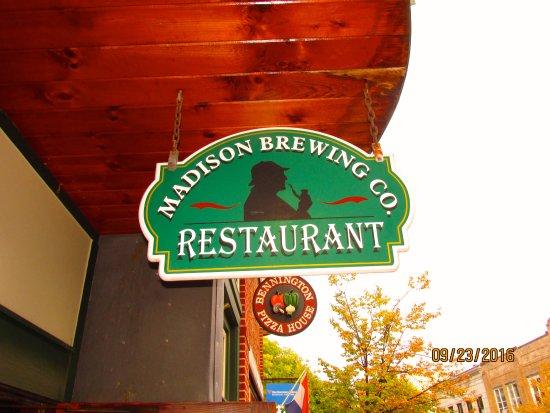 Bennington, VT: Sign