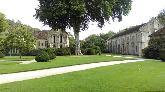 Montbard, France : IMAG1018_large.jpg