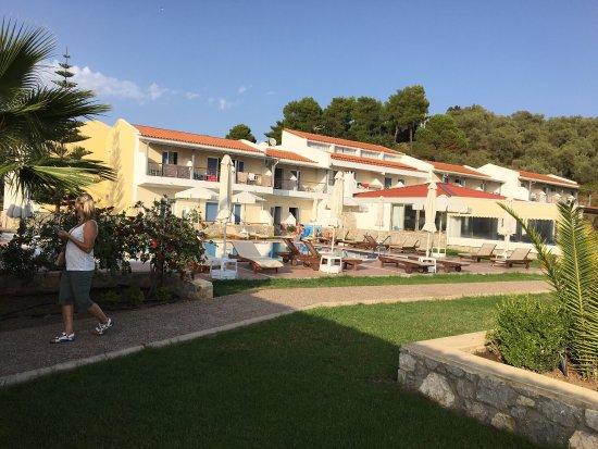 Troulos Bay Hotel: photo1.jpg