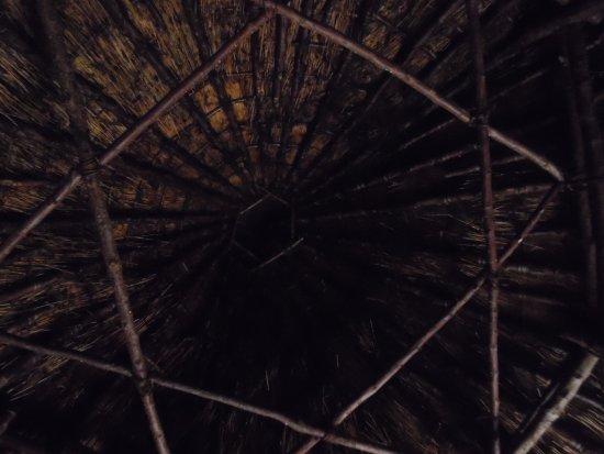 Kenmore, UK: Il tetto del Crannog.