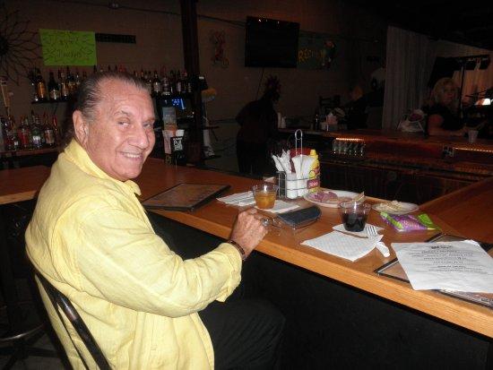 Mount Clemens, MI: bar area