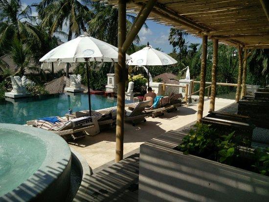 Bali Mandira Beach Resort & Spa: IMG_20160920_140646_large.jpg