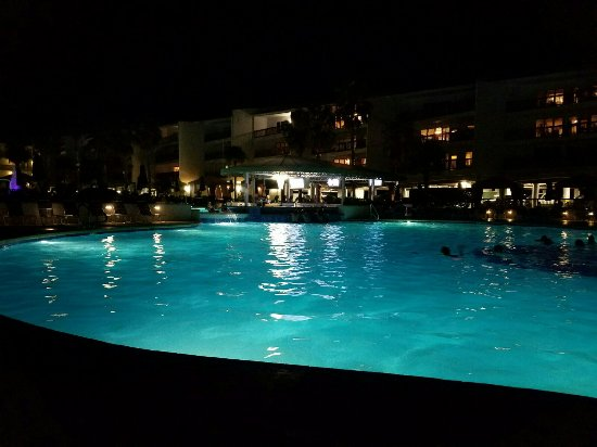 Port Royal Ocean Resort & Conference Center : pool bar_large.jpg