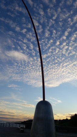 New Plymouth, New Zealand: wind wand