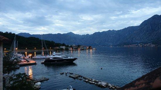 Prcanj, Montenegro: DSC00970_large.jpg