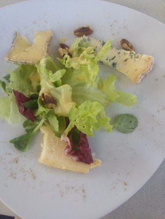 Montbrison, Франция: Assiette de fromages secs