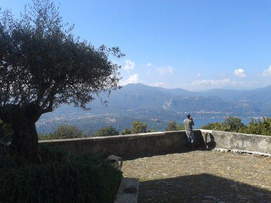 Ameno, Italien: Vista del lago d'orta