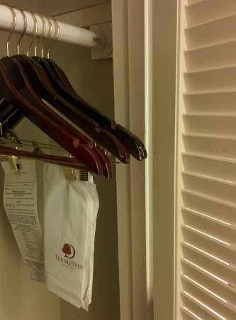 Laurel, MD: Closet is too shallow for hangers to fit!