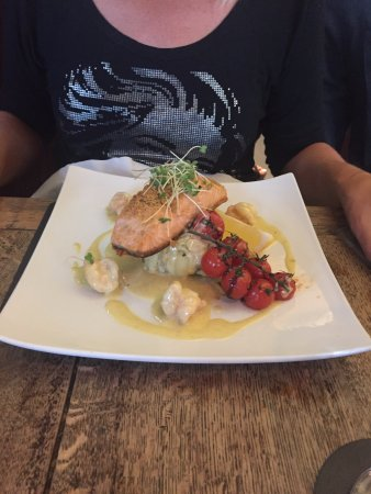 Burscough, UK: Salmon
