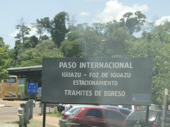 Puerto Iguazu: Fronteira ³