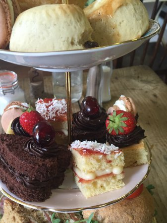 Ruislip, UK: Afternoon tea - bookings available