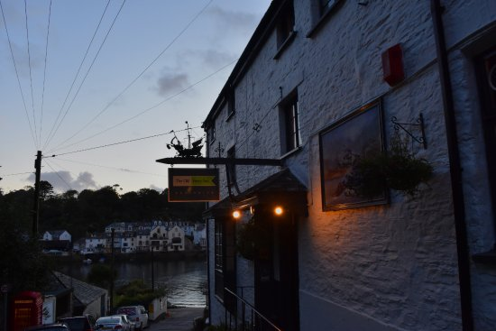 Fowey, UK: View of Inn towards the Ferry port